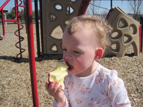 Eve eats an apple