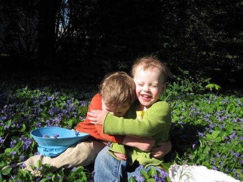 Kids in flowers - 3