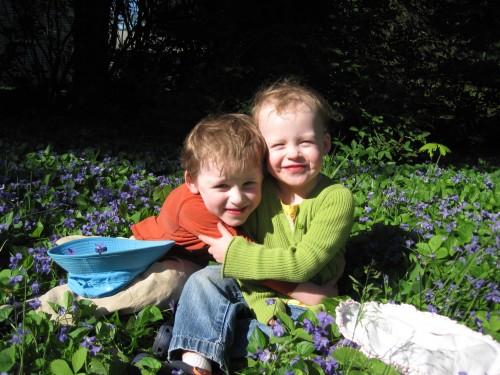 Kids in flowers - 4